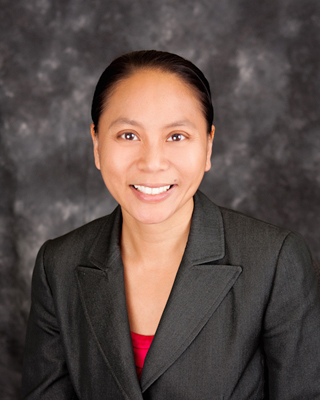 Nữ tiến sĩ gốc Việt được mời làm giám đốc học khu Adelanto, Nam Cali
