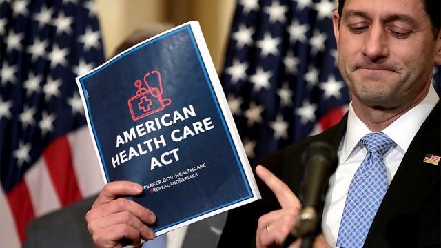 Nghị sĩ Cộng Hòa nói có thể cải cách thuế trước khi thu hồi Obamacare