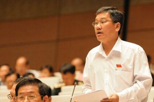 """Đại biểu Quốc hội CSVN bị lên án vì nói """"nông dân đàn áp cảnh sát"""""""