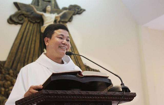 Linh Mục Nguyễn Nam Phong thuộc giáo xứ Thái Hà bị cấm xuất cảnh