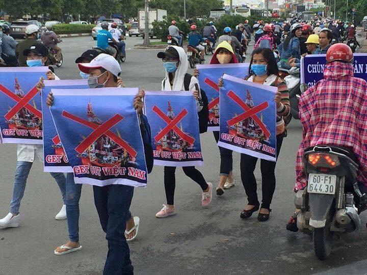 Người biểu tình ở Sài Gòn phản đối HD981 hoạt động tại vùng biển Việt Nam