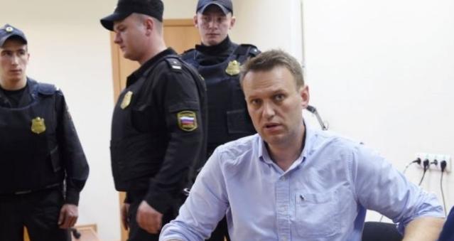 Lãnh tụ phe đối lập chỉ trích Putin bị kết án 30 ngày tù giam