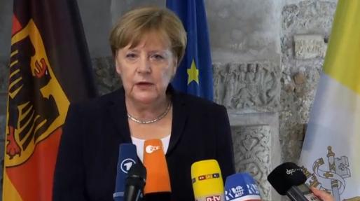 Đức Giáo Hoàng khuyến khích Thủ Tướng Đức đấu tranh cho hiệp ước khí hậu Paris