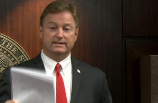 Thượng Nghị Sĩ Nevada là thành viên Cộng Hòa thứ 5 phản đối Dự Luật Bảo Hiểm Sức Khỏe