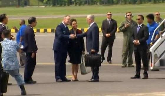 Bộ Trưởng Quốc Phòng James Mattis đến Singapore dự diễn đàn an ninh khu vực Shangri-La