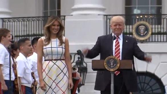 Tổng thống Trump vinh danh dân biểu Steve Scalise tại buổi picnic ở Tòa Bạch Ốc