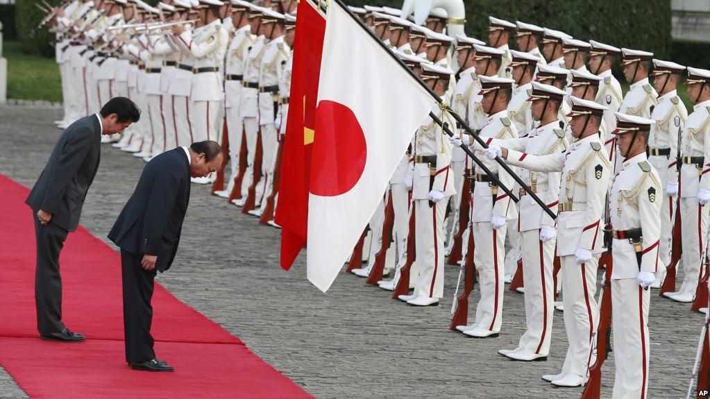 Cộng Sản Việt Nam được Nhật mời tham gia hội chợ vũ khí