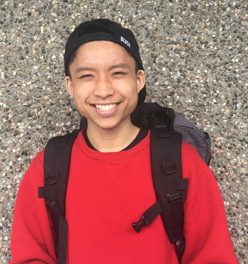 Học sinh gốc Việt cầm bút bị cảnh sát bắn chết đêm trước ngày ra trường