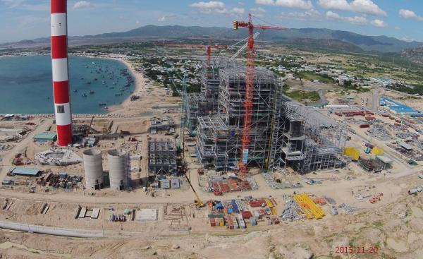 Thêm công ty xin đổ 2.4 triệu mét khối bùn xuống biển Bình Thuận