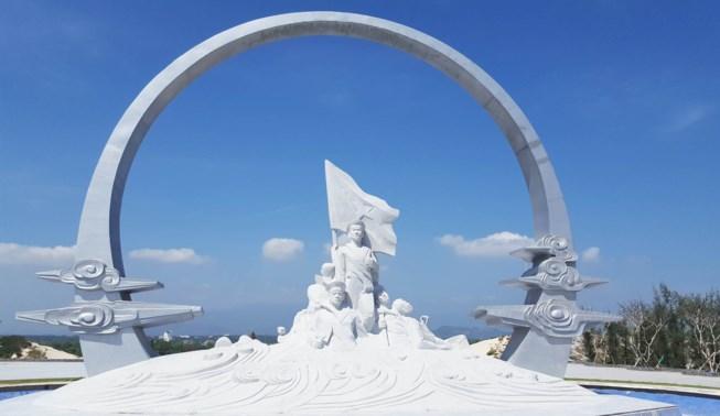 Khánh thành khu tưởng niệm chiến sĩ Gạc Ma ở Khánh Hòa xây bằng tiền dân