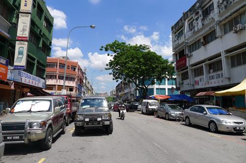 Phụ nữ Việt và một cảnh sát Mã Lai chết trong chung cư Kuala Lumpur