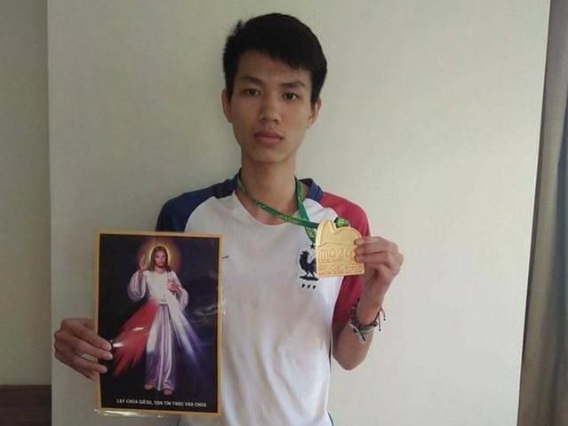 Thiếu niên Công Giáo Hà Tĩnh đoạt huy chương vàng toán quốc tế