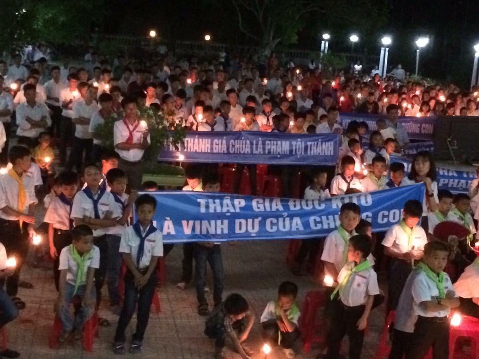 Khắp giáo phận Vinh thắp nến cầu nguyện cho đan viện Thiên An