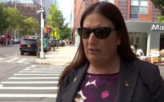 Cựu chiến binh chuyển giới tức giận vì tổng thống Trump cấm người chuyển giới phục vụ quân đội