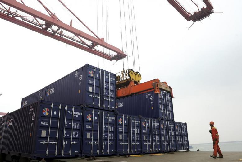 Thặng dư thương mại của Trung Cộng với Hoa Kỳ cao kỷ lục 20 tháng qua