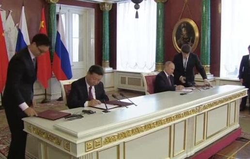 Nga và Trung Cộng tuyên bố thắt chặt quan hệ giữa lúc thế giới có nhiều biến động