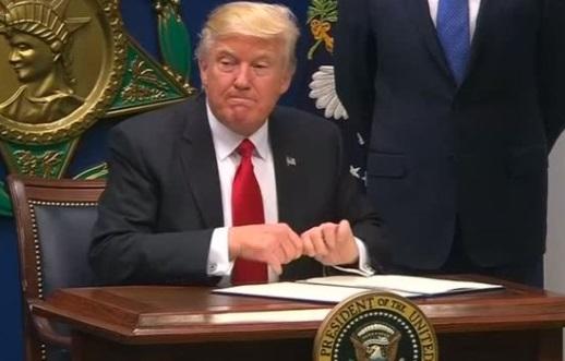 Chính phủ Trump xiết chặt nhập cảnh công dân 6 quốc gia Hồi Giáo