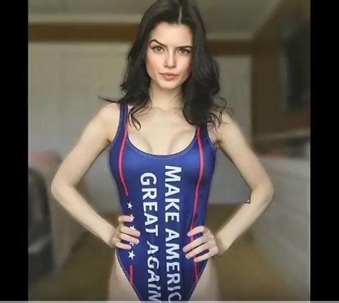 """Áo tắm """"Make America Great Again"""" – MAGA đang gây sốt trên mạng Instagram"""