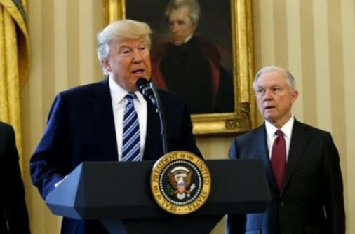Tổng thống Trump: lẽ ra không nên chọn Jeff Sessions làm Bộ Trưởng Bộ Tư Pháp