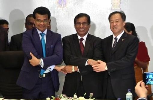 Sri Lanka cho Trung Cộng thuê hải cảng Hambantota trong 99 năm