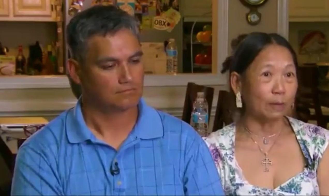 Người mẹ gốc Việt gặp lại con trai bị thất lạc suốt 40 năm
