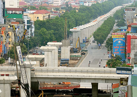Hết tiền xây đường sắt đô thị, Hà Nội đề nghị bán đấu giá biệt thự nhà nước gây vốn