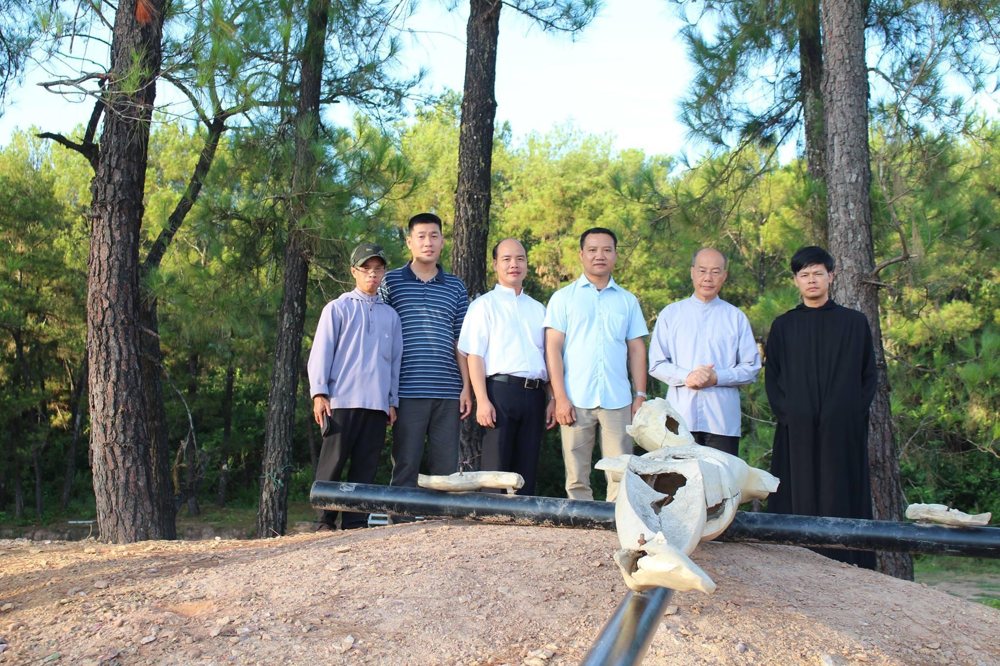 Nguyên Tổng Giám Mục Ngô Quang  Kiệt đến thăm Đan viện Thiên An