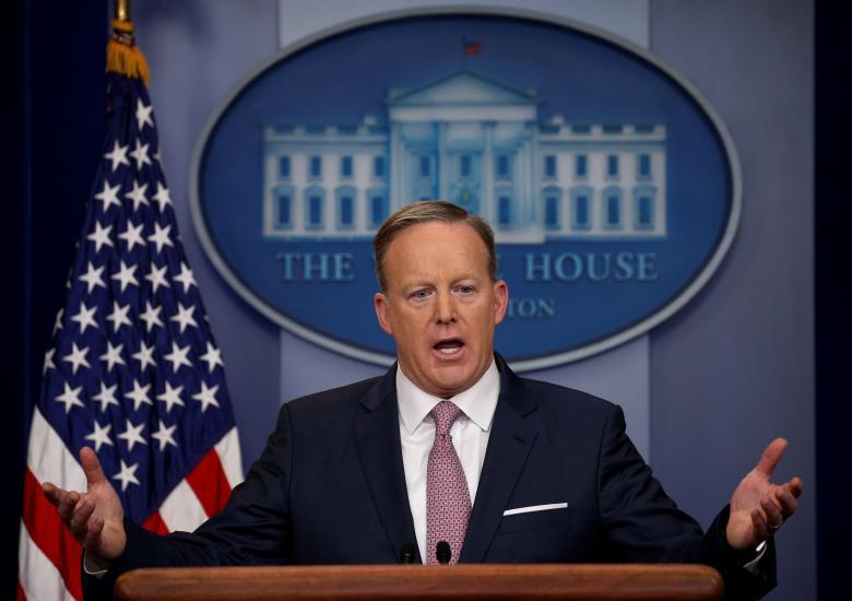 Phát ngôn viên tòa bạch ốc Sean Spicer từ chức