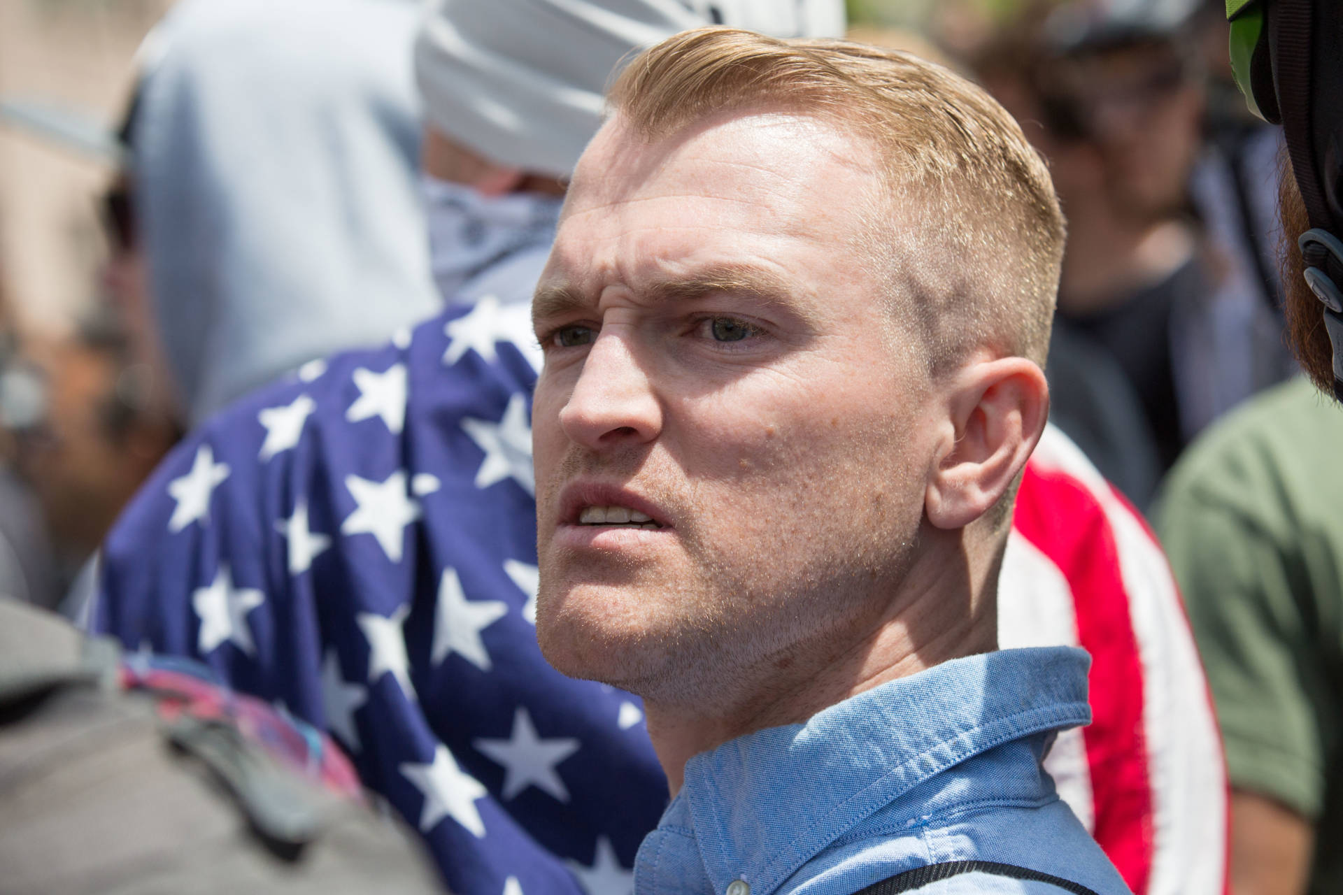Người đứng sau bạo lực Charlottesville là một thành viên cực hữu California