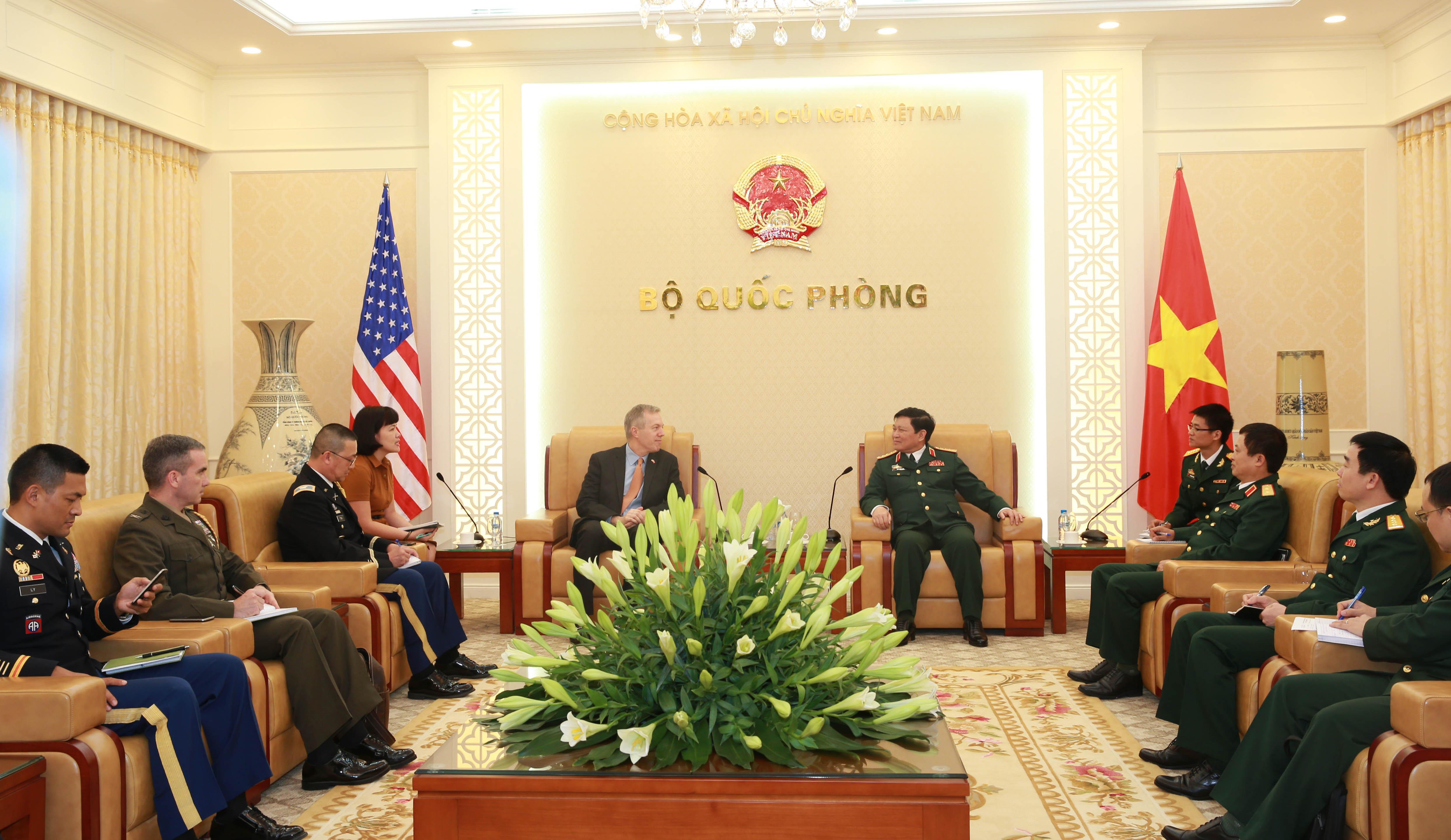 Bộ trưởng quốc phòng CSVN sắp sang thăm Hoa Kỳ
