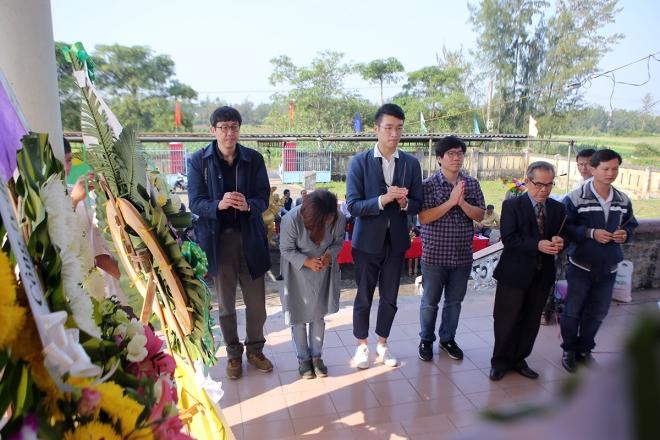 Cựu chiến binh Nam Hàn bất bình về tượng đài vụ thảm sát Hà My