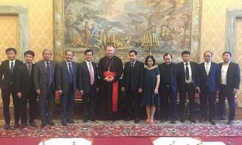 Thứ trưởng ngoại giao CSVN thăm toà thánh Vatican