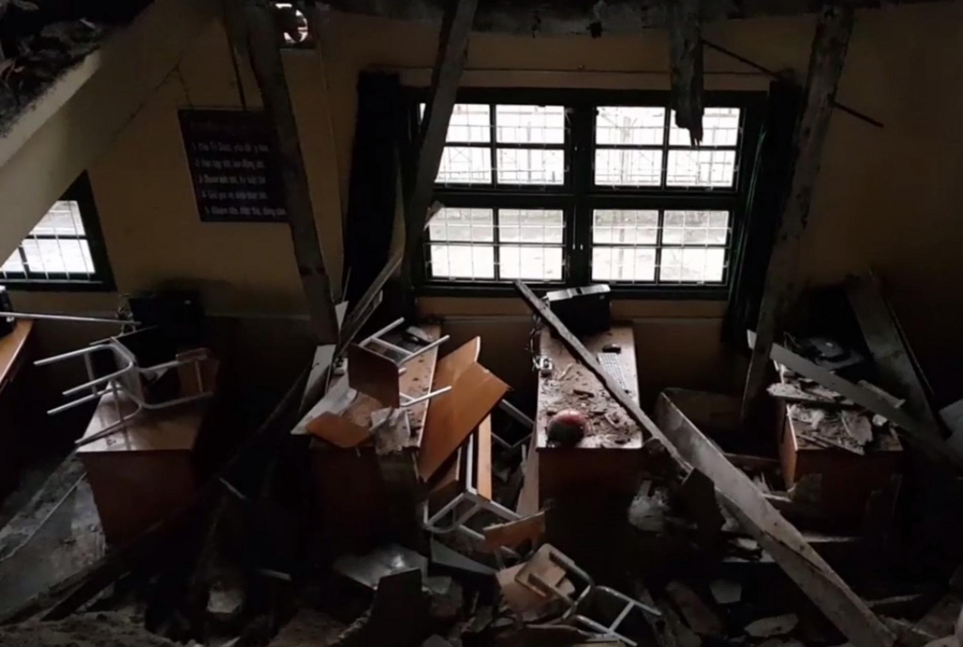 Sập sàn lớp học, 10 học sinh rơi từ tầng 2 xuống tầng 1