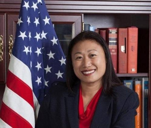 Thượng nghị sĩ Janet Nguyễn viết thư chia sẻ với đồng hương chịu ảnh hưởng bão Harvey