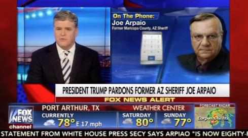 Cựu cảnh sát trưởng Arizona Joe Arpaio 'khiêm tốn và danh dự' khi được Tổng Thống Trump ân xoá