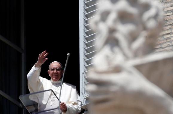 Đức Giáo Hoàng cầu nguyện cho các nạn nhân khủng bố ở Barcelona, Phần Lan, Burkina Faso