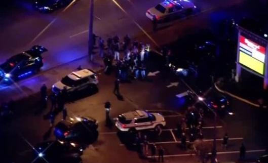 Hai cảnh sát Florida bị phục kích, một tử thương