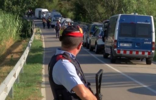 Cảnh sát Tây Ban Nha bắn chết nghi can khủng bố bằng xe tại Barcelona