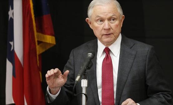 """Bộ trưởng Bộ Tư Pháp Jeff Sessions bắt đầu các bước trừng phạt """"thành phố trú ẩn"""""""