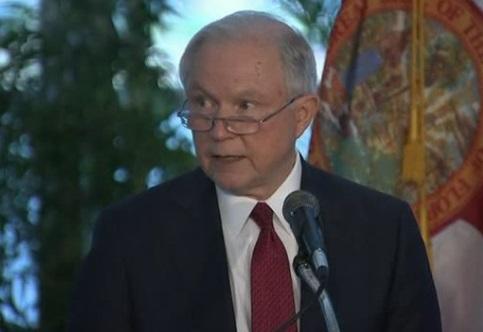Bộ trưởng bộ tư pháp Jeff Sessions lên án chủ nghĩa kỳ thị chủng tộc
