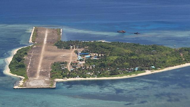 Trung Cộng cắm cờ gần đảo Loại Ta, bao vây đảo Thị Tứ do Philippines kiểm soát ở Trường Sa