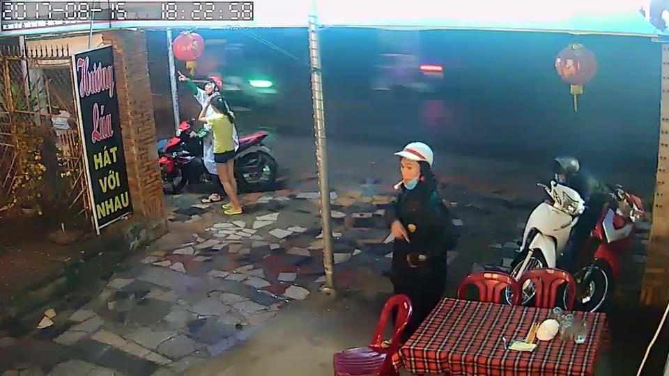Dàn cảnh trộm xe như phim ở Sài Gòn
