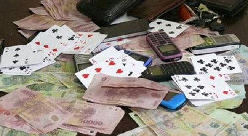 Nhiều quan chức một xã ở Hải Dương bị bắt vì đánh bạc tại trụ sở
