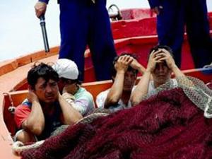 Học giả Oxford trưng bằng chứng giới chức Trung Cộng bắt cóc tống tiền ngư dân Việt Nam