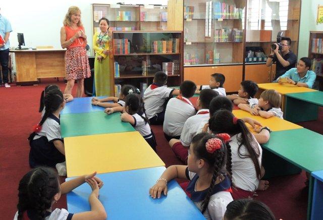 Sở giáo dục cấm gọi học sinh bằng tên tiếng Anh