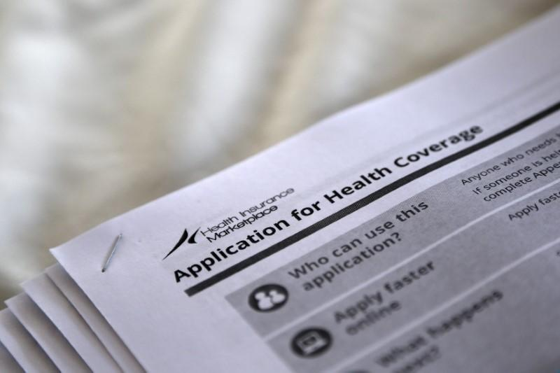 Một số tiểu bang đồng ý cho tăng tiền bảo hiểm, trong lúc quốc hội vẫn còn lưỡng lự về luật y tế