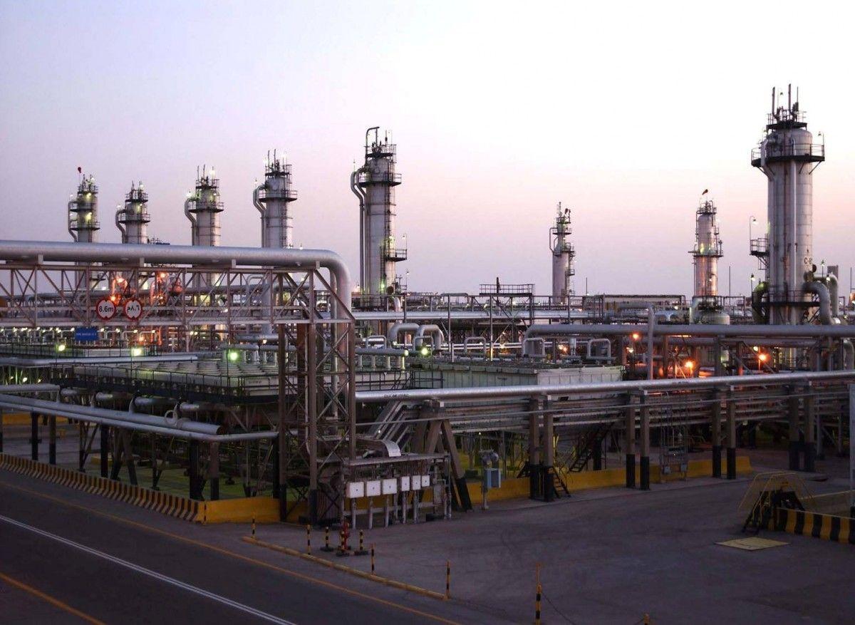 Giá dầu thô tăng 20% tính từ tháng 6