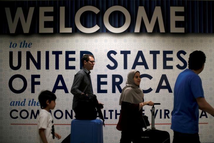 Chính phủ Trump tiếp tục thắt chặt visa diện lao động tay nghề cao