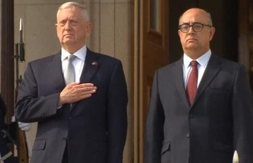 Bộ trưởng quốc phòng James Mattis thông báo bổ sung hơn 3,000 binh sĩ sang Afghanistan