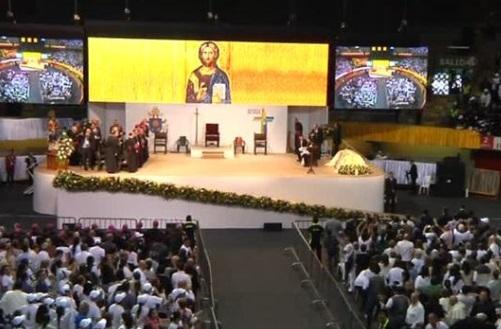 Đức Giáo Hoàng đến thăm Medellin xoa dịu nỗi đau cuộc chiến tranh ma tuý